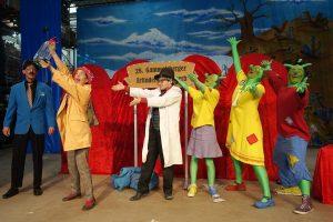 Theater auf Tour - Das geheime Olchi-Experiment